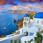 poza Santorini - paradisul  amatorilor  de sporturi nautice
