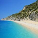 poza Alegeţi să vă organizaţi singuri sejurul în Lefkada, călătorind cu maşina personală