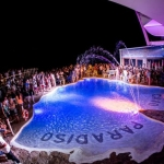 poza Viața de noapte în Mykonos, insula cunoscută și ca Insula Petrecerilor