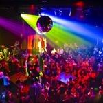 poza Petreceți nopți memorabile în Antalya, alegând dintr-o multitudine de localuri în care distracția este cuvântul de ordine