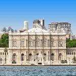 poza Palatul Dolmabache din Istanbul - simbolul măreției Imperiului Otoman