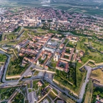 poza Cetatea Alba Carolina - simbolul orașului Alba Iulia