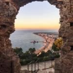 poza Atracții turistice Lloret de Mar:  Castelul Sant Joan  și Castell d´Plajja