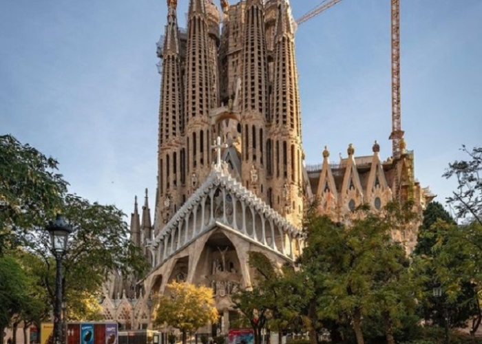 poza Bucurați-vă de un sejur fermecător în Barcelona