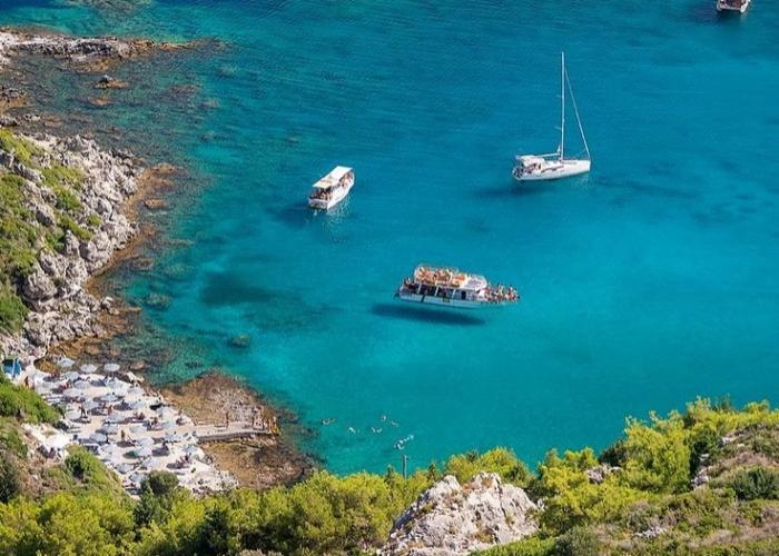 poza Insula Rodos, o destinație de vacanță încărcată de istorie și mister