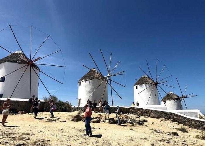 poza Sejur în Mykonos - polul distracției din centrul Mării Egee